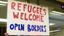 thumb_refugees-welcome.jpg
